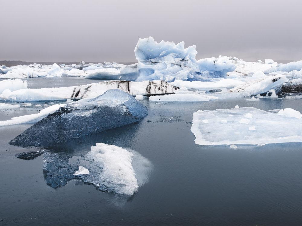iceland-iceberg-photo